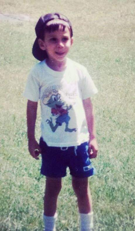 Photo of Earthjustice attorney Julian Gonzalez as a child.